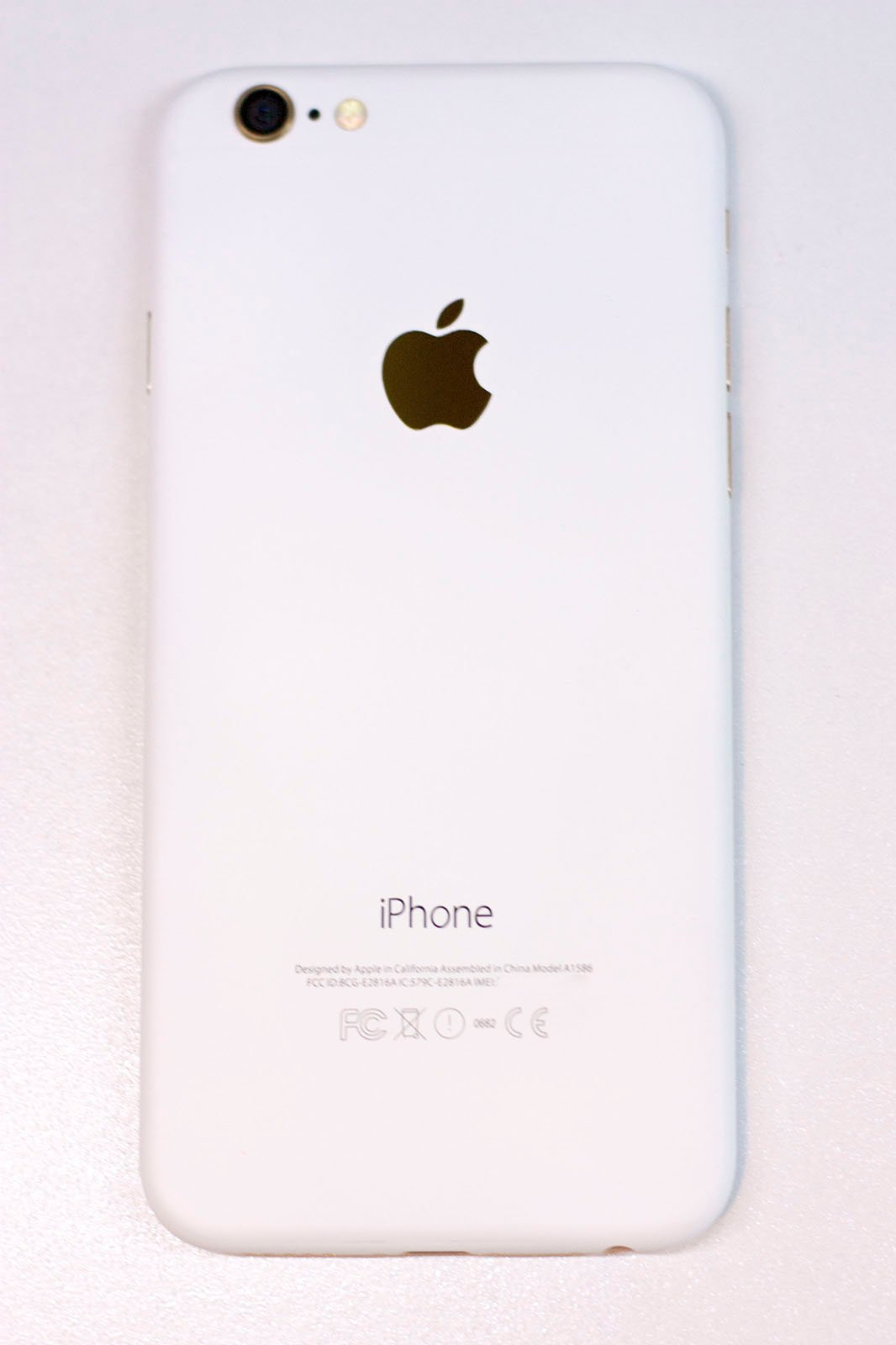 iphone-6-blanc-mat-2