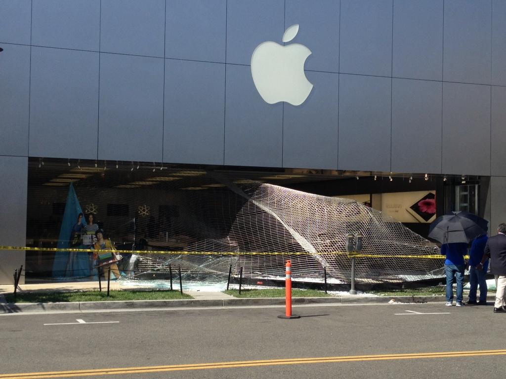 Apple store devalise - Un Apple Store dévalisé en Californie !