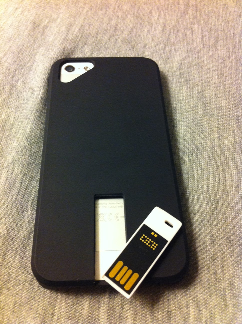 coque iphone 5 usb - Test : Ego, la coque iPhone 5 Clé USB