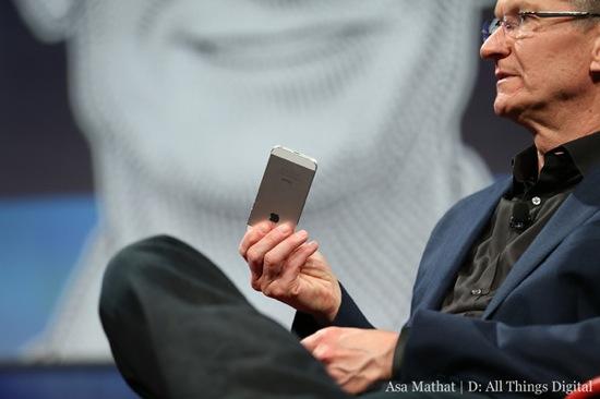 Tim Cook D11 - D11 : Tim Cook et l'iWatch, l'iTV, l'ouverture d'iOS 7 et OS X 10.9