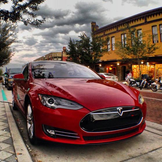 rumeur-Apple-veut-racheter-Tesla