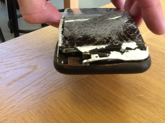 iPhone 6 accident (2)