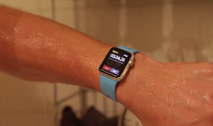 Apple-Watch-waterproof-test-eau