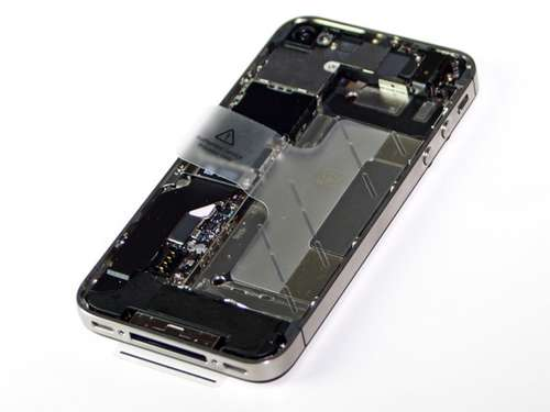 iPhone4s2 - Démontage et analyse des composants du 4S!