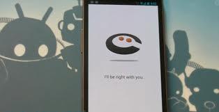 """""""Siri vs. Cluzee"""""""