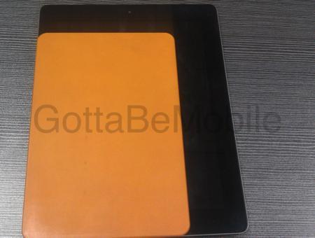 iPad mini : un moule donne une idée de sa taille