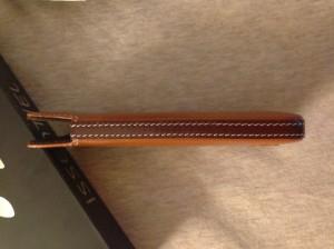 issentiel 6 300x224 - iPhone 5 : les étuis en cuir de luxe par Issentiel
