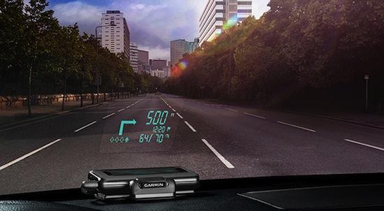 Garmin HUD : l'affichage du GPS sur le pare-brise