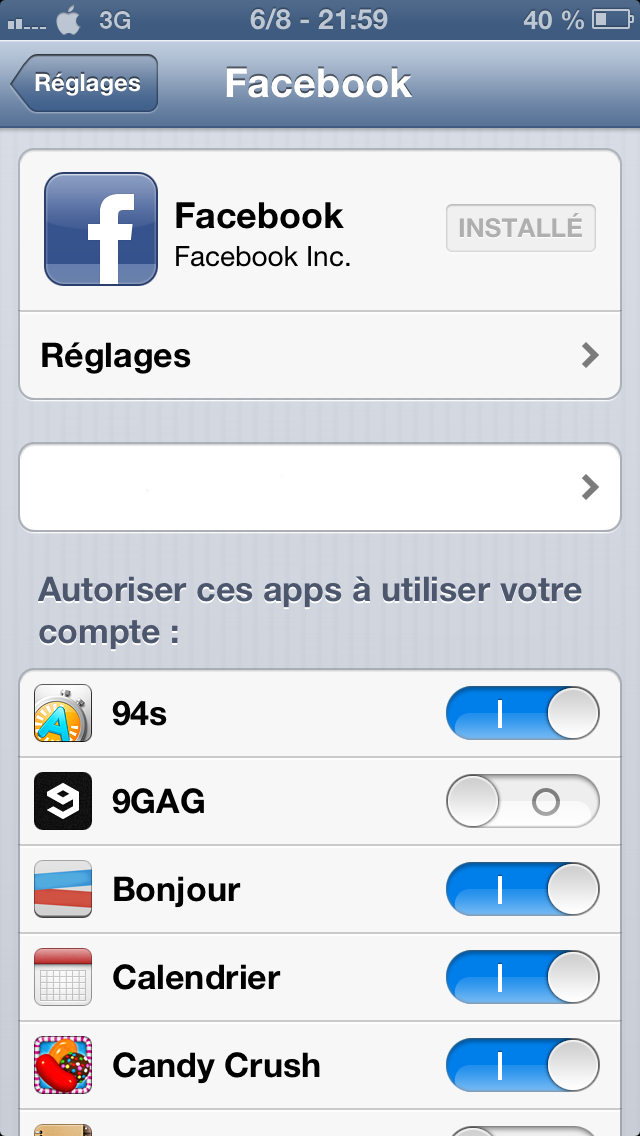 Comment supprimer une application Twitter ou Facebook sur iPhone ?