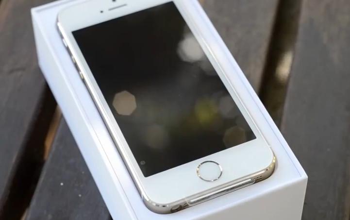 iPhone 5C & iPhone 5S : vidéos des déballages