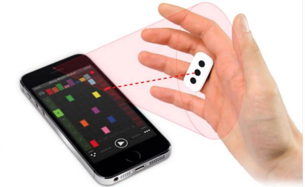 iRing : contrôler les applications de musique iOS avec la main