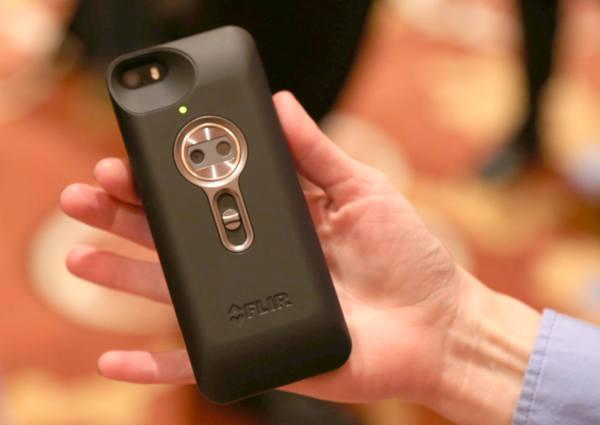 CES 2014 : FLIR One, la coque iPhone 5S caméra thermique à 350 $