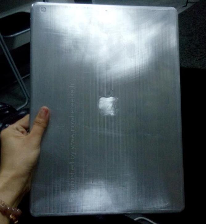 iPad Pro : photo d'une maquette de 12,9 pouces