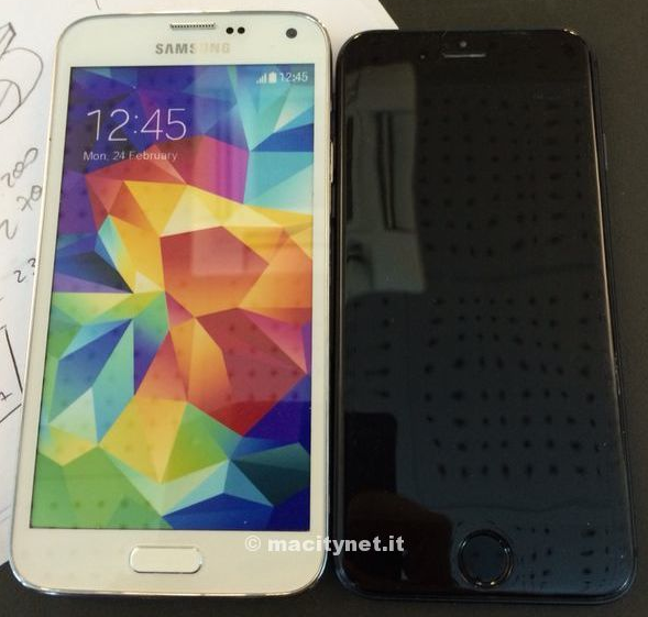 iPhone 6 vs Galaxy S5 : comparatif de maquettes