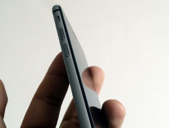 iPhone 6 : galerie photo d'un modèle gris sidéral