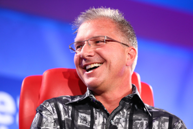 iOS 8.0.1 : Greg Joswiak s'excuse du fiasco