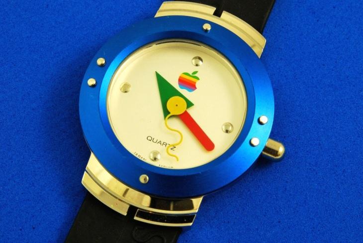 Insolite : l'Apple Watch colorée de 1995