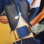 Apple Watch : un modèle entièrement en or pour Karl Lagerfeld