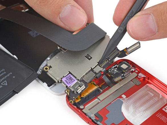 iFixit iPod touch 6G - L'iPod Touch 6G a été démonté par iFixit