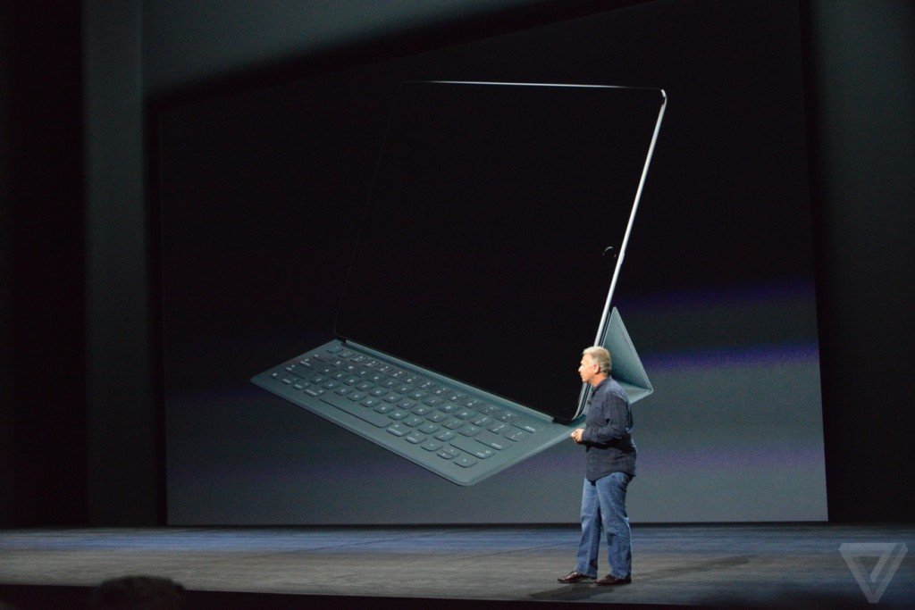 apple-smart-keyboard-ipad-pro-keynote