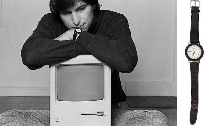 objets ayant appartenus a steve jobs montre - Apple : de vieux objets de Steve Jobs vendus aux enchères