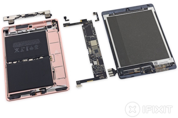 Après l'iPhone SE, iFixit démonte l'iPad Pro 9,7 pouces