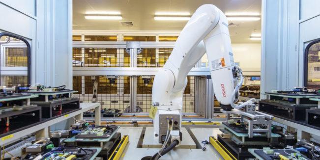 foxconn-remplace-la-moitie-de-ses-employes-par-des-robots