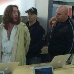 Insolite : un homme déguisé en « Jésus » arrêté dans un Apple Store