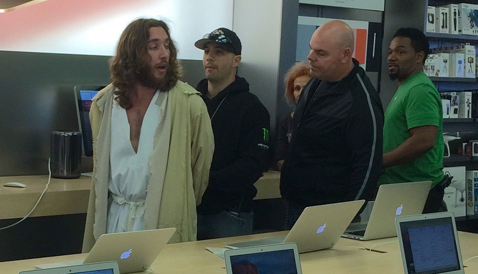 homme-jesus-apple-store