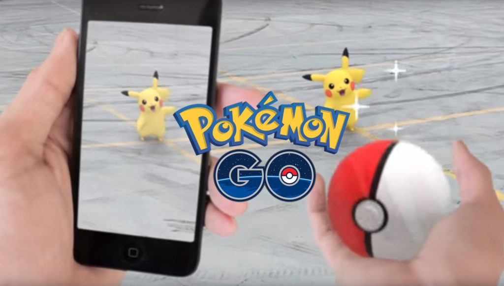 pokemon-go-pikachu-pokeball
