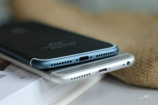 iPhone 7 Plus Bleu Nuit 7 - iPhone 7 Plus : des photos d'un modèle bleu nuit fonctionnel