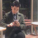 Un jeune chanteur taïwanais pris en photo avec un iPhone 7 Plus ?