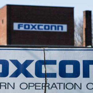 foxconn 1 300x300 - La production des smartphones s'arrête en Inde
