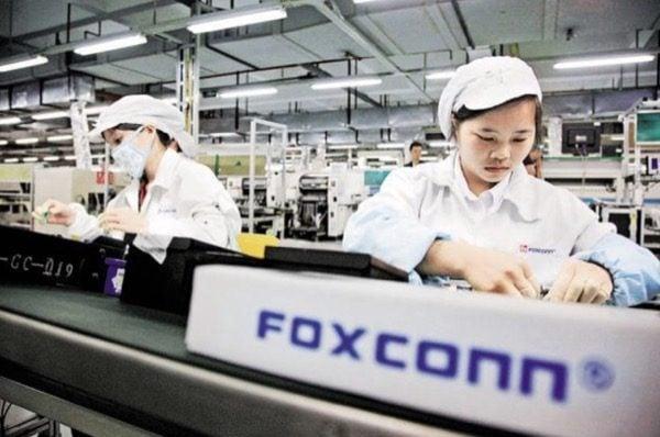 iPhone : le chiffre d'affaires de Foxconn en baisse en 2016