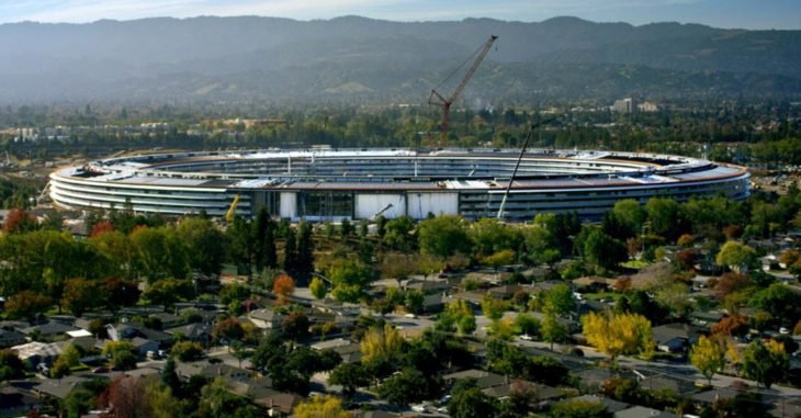 "Apple Park : le ""Campus 2"" de 70 hectares ouvrira en avril"
