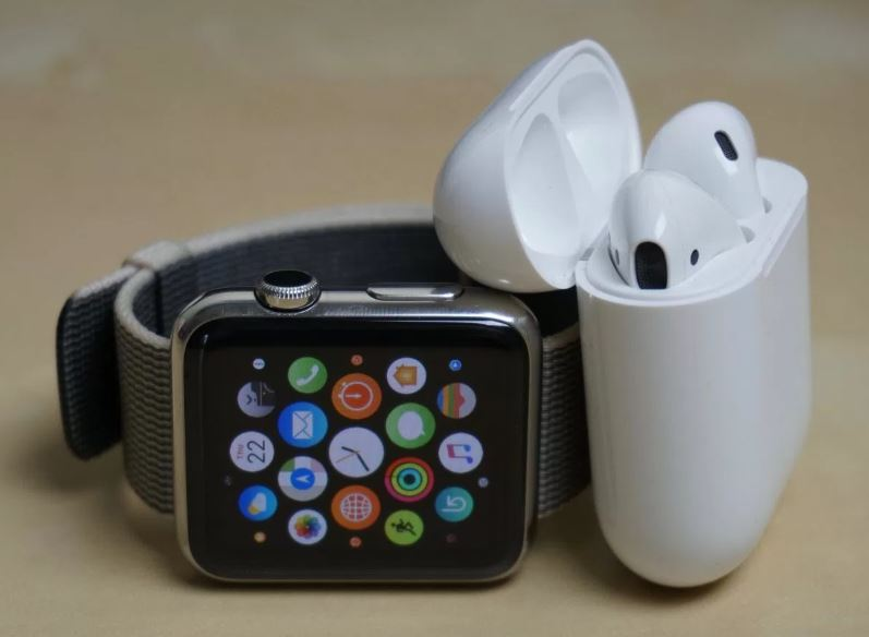 "airpods apple watch - AirPods & Apple Watch : les produits ""low cost"" d'Apple ?"