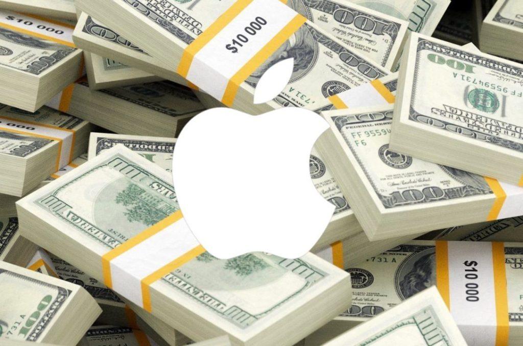 apple dollars billets 1024x678 - iPhone : 40 000 euros dépensés à la fin de votre vie en le renouvelant tous les ans