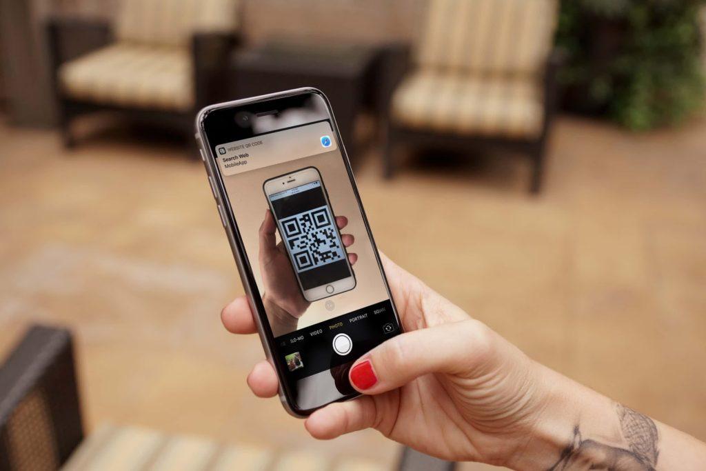 scan qr codes ios 11 1024x683 - iOS 11 : l'app Appareil photo peut scanner les QR codes