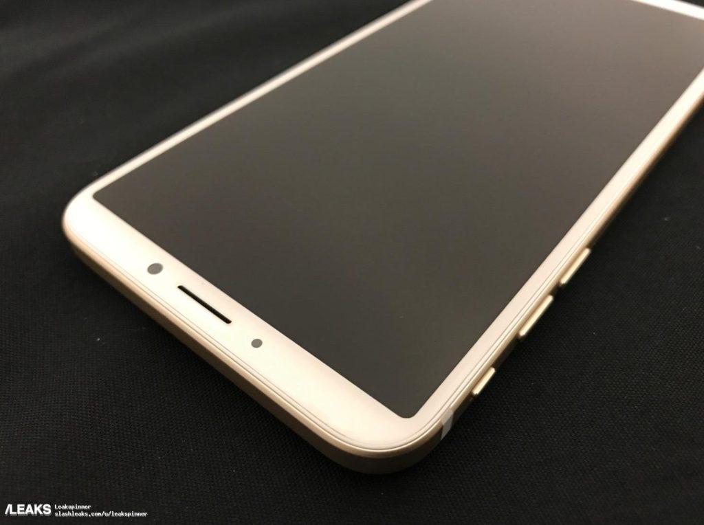 slashleaks maquette iphone 8 1024x764 - iPhone 8 : une maquette suspecte avec le Touch ID à l'arrière