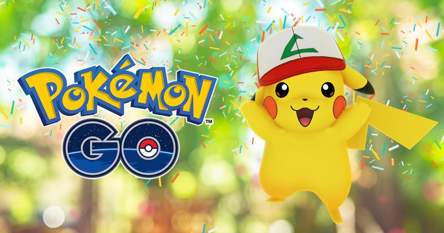 1 an pokemon go pikachu casquette sacha - 1 an de Pokémon GO : un Pikachu avec la casquette de Sacha !