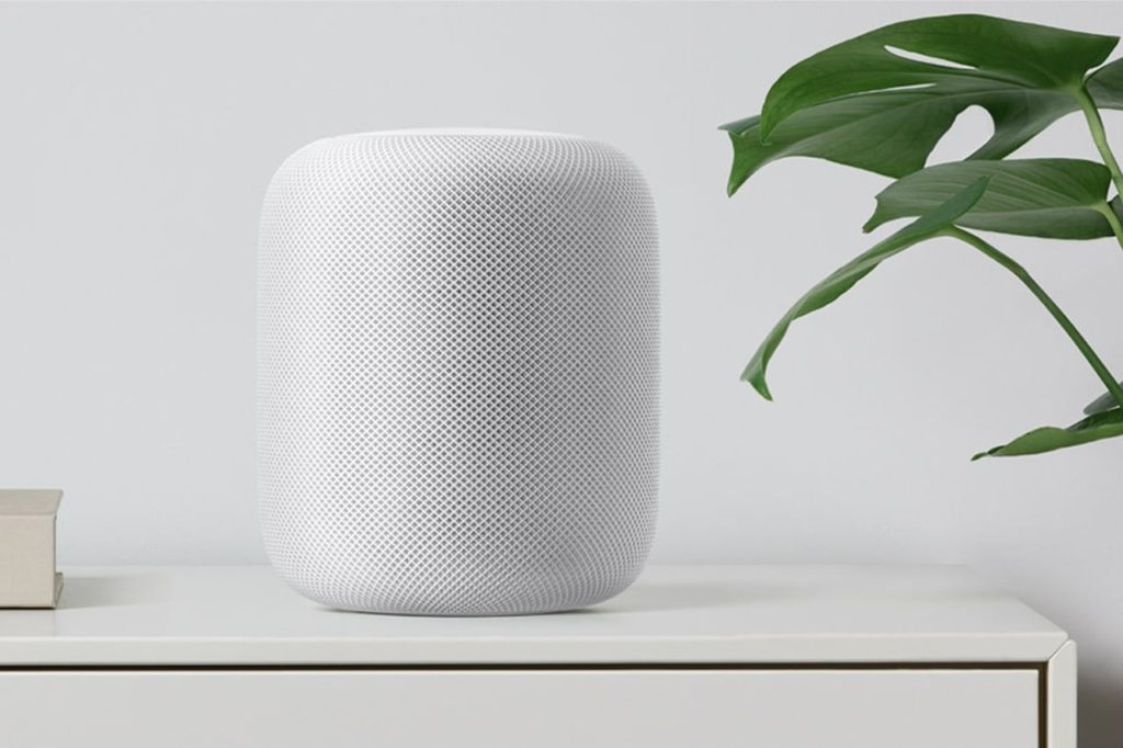 homepod blanc apple 1024x682 - HomePod : le firmware révèle une Apple TV 4K et une Apple Watch 4G