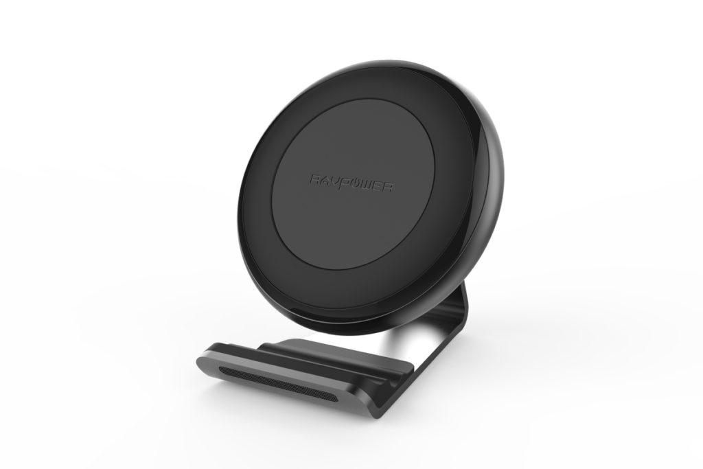 ravpower chargeur sans fil iphone 8 1024x683 - iPhone 8 : la recharge sans fil confirmée par l'accessoiriste RAVPower