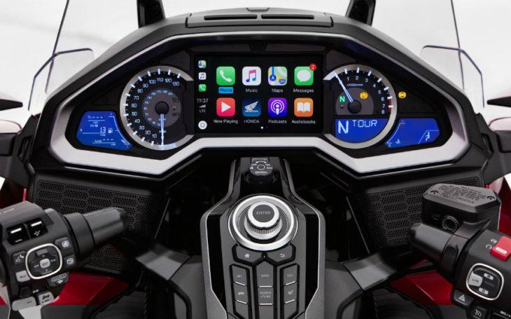 Honda Gold Wing 2018 : la première moto intégrant CarPlay d'Apple