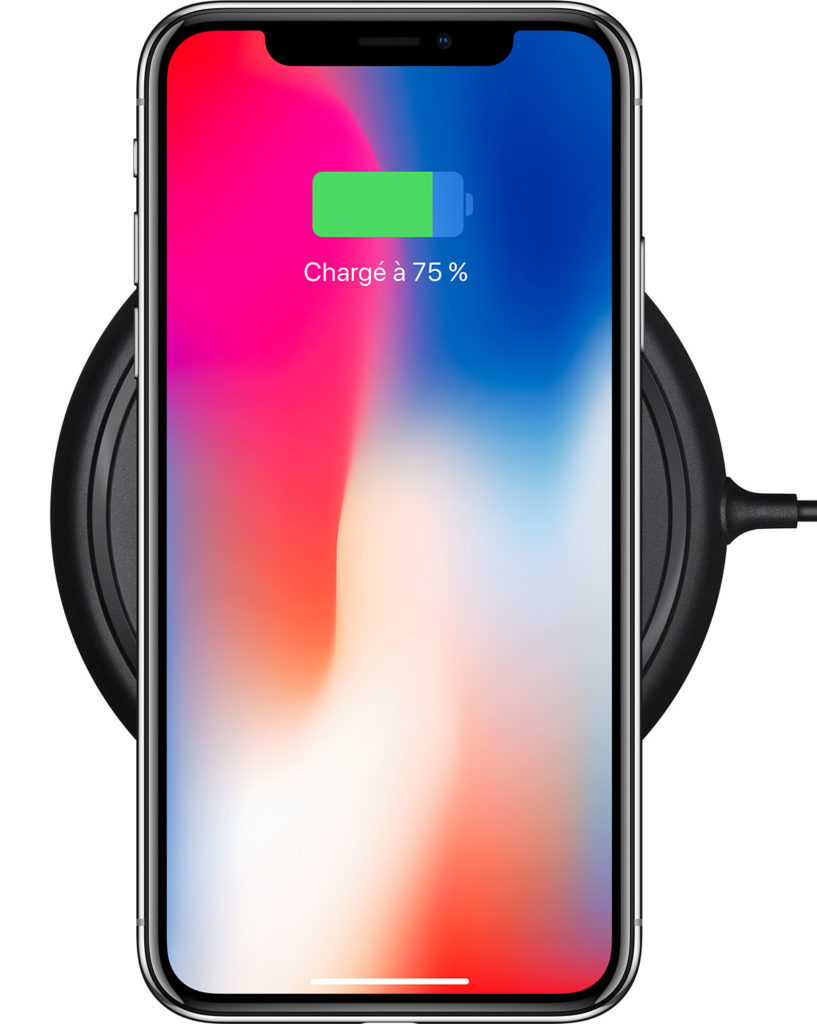 "apple iphone x charge sans fil 817x1024 - iPhone X, 8 & 8 Plus : que vaut la recharge sans fil ""rapide"" d'iOS 11.2 ?"