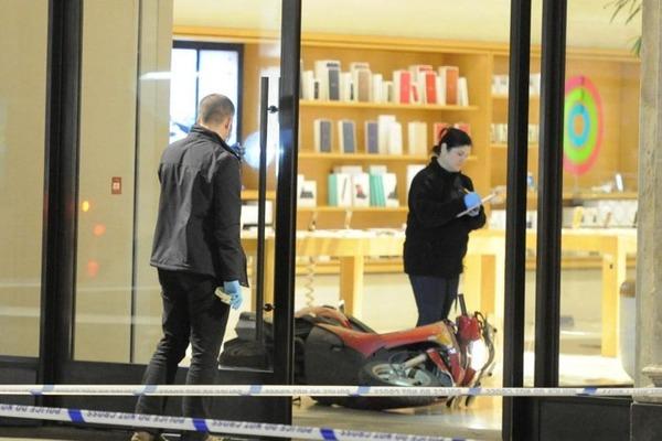 Un Apple Store de Londres attaqué par des voleurs en scooters