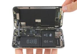 iPhone X : son démontage par iFixit révèle la double batterie en L