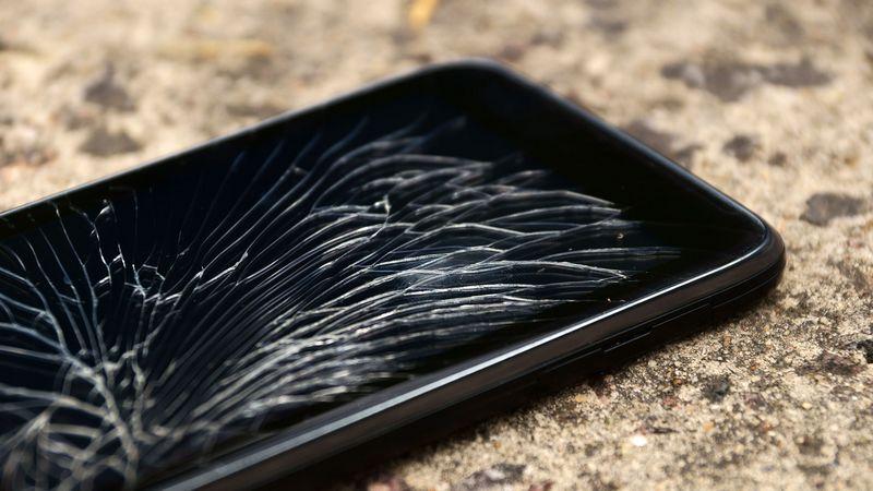 smartphone casse - Assurance habitation: qu'en est-il d'un smartphone cassé?