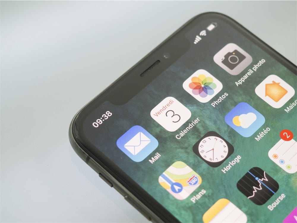 iphone x encoche - iPhone X : vers un retrait de l'encoche à partir de 2019 ?
