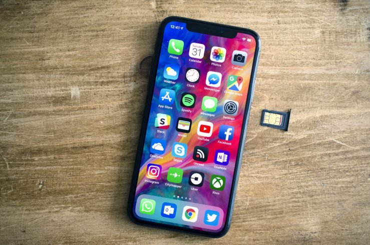 iPhone X Carte SIM 739x490 - Il est enfin possible d'activer un iPhone sans carte SIM !