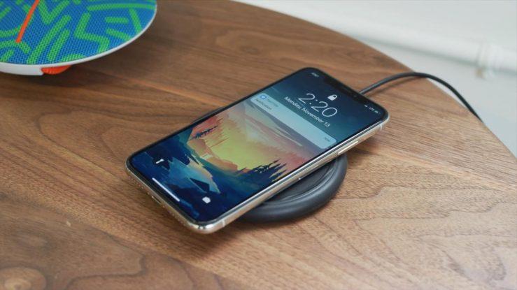 iPhone X Recharge Sans Fil 739x415 - Les iPhone de 2018 dotés d'une recharge sans fil plus efficace ?
